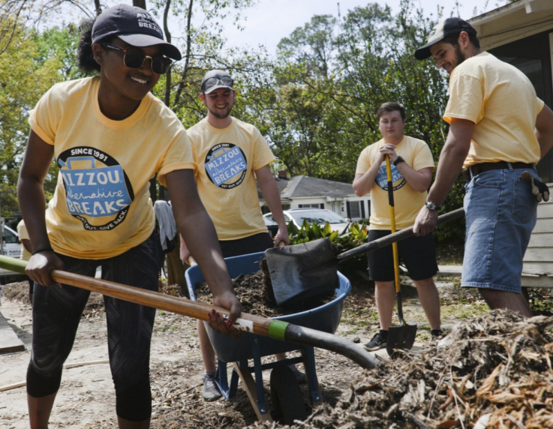 Students serving with Coastal Empire Habitat for Humanity in Savannah, Georgia.